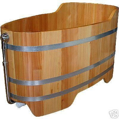badewanne holz holzwanne badewanne holzbad. Black Bedroom Furniture Sets. Home Design Ideas